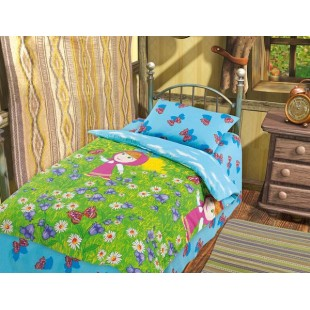 Детское постельное белье «Маша и Медведь» Маша на лугу